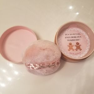 Too Faced Shimmery Powder